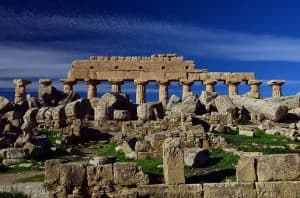 ancient greece ruins